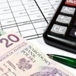 banknoty i kalkulator