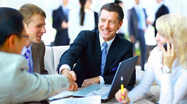 Pożyczki na dowód przez Internet – które firmy udzielą pożyczki i na jakich warunkach