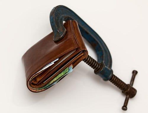 ściśnięty portfel