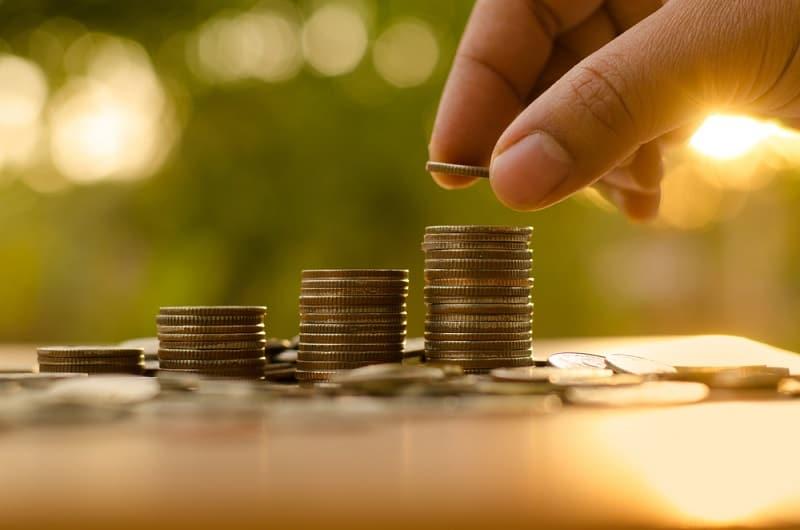 Czy warto założyć konto oszczędnościowe? Sprawdzamy!